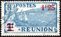 Réunion Obl. N° 104 - Vue -> Sainte Rose Et Le Volcan - Surchargé 1f25 Sur 1f Bleu - Oblitérés