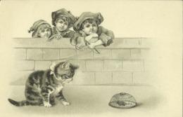 CPA Fantaisie Jolie Carte Gauffrée -  Enfants , Chat Et Souris.   (2 Scans) - Katten