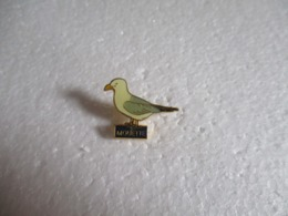 Pin's Animalier Mouette. - Animaux