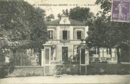 VIGNEUX SUR SEINE - La Mairie - Vigneux Sur Seine