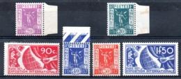 FRANCE - YT N° 322 à 327 - Neufs */** - MH/MNH - Cote: 60,90 € - France