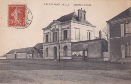VILLEMANDEUR (45) Mairie-Ecole - Frankreich