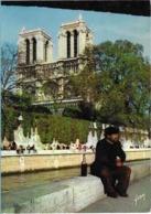 Clochard De Paris Devant Notre-Dame - Unclassified