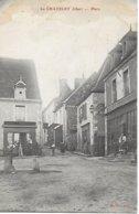 18 - CHER  - EN BERRY - LE  CHATELET  - PLACE RECETTE BURALISTE ANIMEE ET COMMERCES NON POSTEE - France