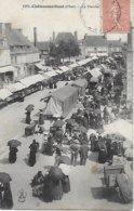 18 - CHER  - EN BERRY - CHATEAUMEILLANT  - Le Marché Animé Très Beau Plan Berrichons Berrichonnes En Habits Postée 1906 - Châteaumeillant
