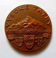 Médaille VYSOKÉ TATRY - Bronze / SLOVAQUIE - Hautes Tatras SLOVAKIA - Monogramme SG - Jetons & Médailles