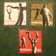 Verzetsmonumenten NVPH 836-838 (Mi 836-838) 1965 Gestempeld / Used NEDERLAND / NIEDERLANDE - 1949-1980 (Juliana)
