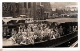 Carte Photo Originale Excursion Maritime & Sortie Scolaire Dans Le Port De Hambourg à Sankt Pauli Vers 1930/40 - Hamburg - Places
