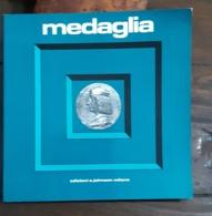 RIVISTA MAGAZINE MEDAGLIA JOHNSON Anno 4 Numero 8 Dicembre 1974 - Libri & Software