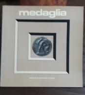 RIVISTA MAGAZINE MEDAGLIA JOHNSON Anno 7 Numero 13 Giugno 1977 - Libri & Software