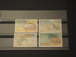 ST.  VINCENT GRENADINES - 1977 CROSTACEI 4 VALORI - NUOVI(++) - St.Vincent E Grenadine
