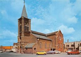 Guesnain Canton Douai église Renault 4L R5 - France