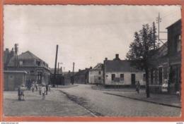 Carte Photo 59. Avesnes-le-Sec La Place Du Morcleau Trés Beau Plan - France