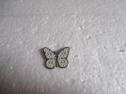 Pin's  Animalier Papillon. - Animaux