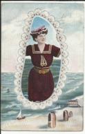 CPA Souvenir Bords De Mer, Coquillages, Femme, Dentelles, Mer, Bateaux, Plage, Cabines - Femmes