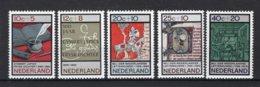 NEDERLAND 859/863 MNH** 1966 - Zomerzegels, Letterkunde - Period 1949-1980 (Juliana)