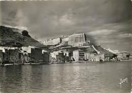 20 - Bonifacio - La Ville Haute, Vue Du Port - Voir Timbre Marianne De Gandon - Voir Scans Recto-Verso - Francia