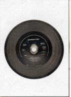 """( Rare ) Matrice De Disque En Acier 45 Tours Face B  / """" LOURDE LA PEINE 1989 """" Norman Kiwi - Speciale Formaten"""