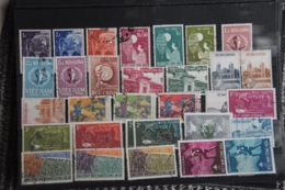D(A) 042 ++ LOT VIETNAM  USED - Timbres
