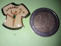 1 PIN'S.  DYNAMIC GYM. SPORT GIMNASTIQUE. - Gimnasia