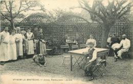 YVELINES  SAINT NOM LA BRETECHE  JOSSE Restaurant  Jardin - St. Nom La Breteche