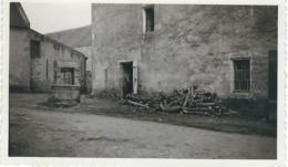 Photo Anonyme PLOUHARNEL - MORBIHAN - Un Vieux Puits - Année 1938 - Dimensions 11.3 / 6.8 CM - Lieux