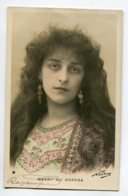 ARTISTE 1167 Wanda DE BONZA Portrait Longues Boucles Oreilles  Photog NADAR   1904 Timb - Artistas