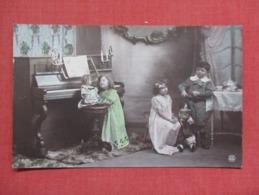 RPPC      Children With Toys  Piano     Ref 3640 - Children