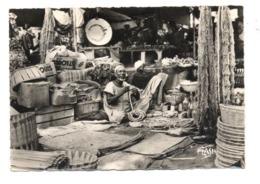 C2191 SÉNÉGAL - L'AFRIQUE NOIRE EDITIONS PARIS-PHOTO ETHNICS FOLKLORE COSTUMES - MARCHAND DE FILETS ET CORDES - Senegal