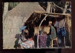 C2192 SÉNÉGAL - L'AFRIQUE EN COULEURS EDITIONS VINCENT ETHNICS FOLKLORE COSTUMES - LE TAILLEUR DU VILLAGE - Senegal