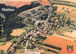 1 AK Tschechien * Blick Auf Den Ort Slatina Mi Wappen - Luftbildaufnahme * - Tschechische Republik