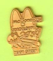 Pin's Mac Do McDonald's Guadeloupe Jetski Kawa Team Green - 7P01 - McDonald's