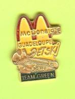 Pin's Mac Do McDonald's Guadeloupe Jetski Kawa Team Green - 7W30 - McDonald's