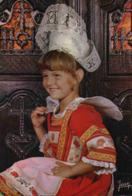 CPM Folklore Bretagne Enfant  Fouesnant - Costumi