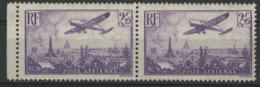 """Poste Aérienne N° 10 Paire Horizontale Du 2F 25 Violet, """"Avion Survolant Paris"""". Voir Description. - Airmail"""