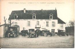 VEZELAY (89) Avallonnais - L'Hôtel De La Poste Et Du Lion D'Or (T.C.F.) - DANGUY , Propriétaire (Voitures , Autobus) - Vezelay