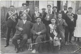 CARTE PHOTO SOUVENIR DE LA CLASSE  19 MARS 1929 PHOTO PASTRE JONAGE ISÈRE RHONE ACCORDÉON - Photographs