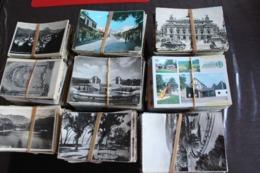 Lot De 2500 Cartes Postales Toutes Empaquetées, Non Triées. Voir Scaner - Cartes Postales