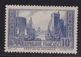 FRANCE -  N°261 - PORT DE LA ROCHELLE. Neuf. TB  Type II.  Cote 350€. Signé CALVES. - Unused Stamps