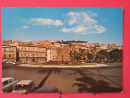 Visuel Pas Très Courant - Italie - Napoli - Piazza Principe Di Napoli E Monumento Allo Scugnizzo - Scans Recto Verso - Napoli