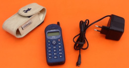 """Téléphone Portable """" Collector """"  Avec Chargeur Philips Savvy DB - Telephony"""