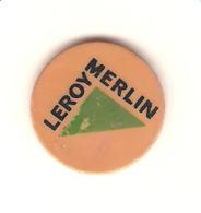 JETON DE CADDIE LEROY MERLIN  PLASTIQUE BRICOLAGE (VERT ET NOIR SUR BEIGE) - Trolley Token/Shopping Trolley Chip