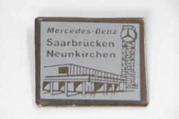 Pin's - Garage Automobiles MERCEDES-BENZ à SARREBRÜCKEN NEUNKIRCHEN - Marques