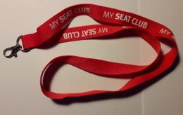 MUY SEAT CLUB - Key-Ring Lanyard Cinta Colgante - Llaveros