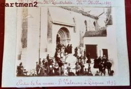 PHOTOGRAPHIE CHATEAUDUN 1897 SORTIE DE LA MESSE A L'EGLISE SAINT-VALERIEN FAMILLE HUBERT POINTDEDETTE MILLON - Chateaudun