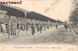 RARE CPA : LES MARCHES DE PARIS LE MARCHE AUX CHEVAUX L'ALLEE DES ESSAIS HIPPISME COURSE DE CHEVAUX - France
