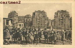 PARIS LA RUE FREDERIC SCHNEIDER TRES ANIMEE 75018 - Arrondissement: 18