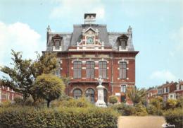 Hellemmes Lille Mairie Monument Aux Morts Commissariat - Altri Comuni