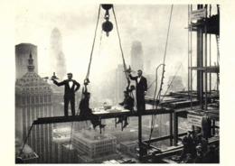 NEW YORK 1930 Diner En Haut Du Waldorf Aqtoria Hotel En Cours De Construction RV - New York City