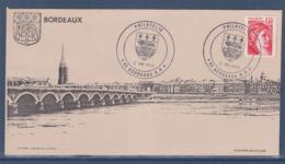 = Philatélie 33 Bordeaux RP Enveloppe Illustration Vue Du Pont De Pierre Et Des Quais 2.VIII.82 Timbre 2102 - Cachets Manuels